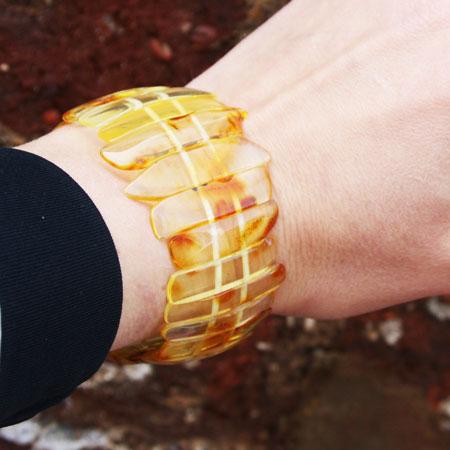 Golden Amber Bracelet 153.5