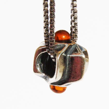 Silver Amber Bead 2099