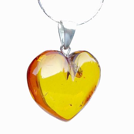 Amber Pendant Heart 2