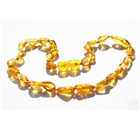 Amber Necklace Golden OLIVE